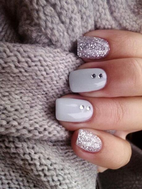 smalto unghie bianche