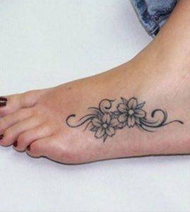 tatuaggi piede e caviglia