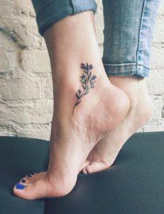 tatuaggi piedi e caviglie