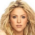 Shakira attaccata da un leone marino