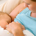 Donne – Neomamme: l'allattamento al seno previene l'obesità in età adolescenziale