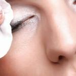 Bellezza: vuoi una pelle più tonica e più liscia? Il segreto è il miele
