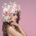 La tendenza floreale per coronare il sogno della sposa 2017