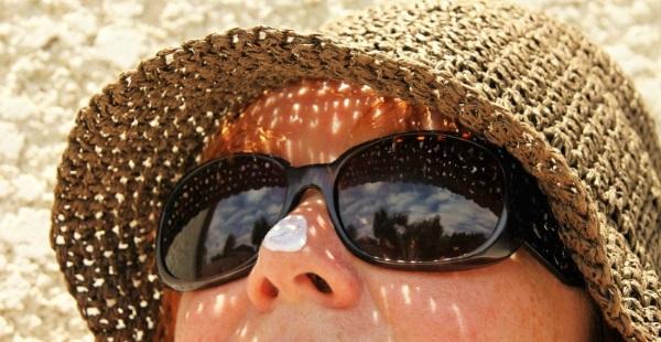 crema solare protezione dove non dimenticare di applicarla
