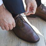 Le scarpe indossate dagli uomini: cosa ci rivelano sul loro conto?